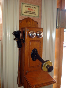 Market-House-Phone