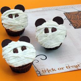 mickey-mummy-cupcakes