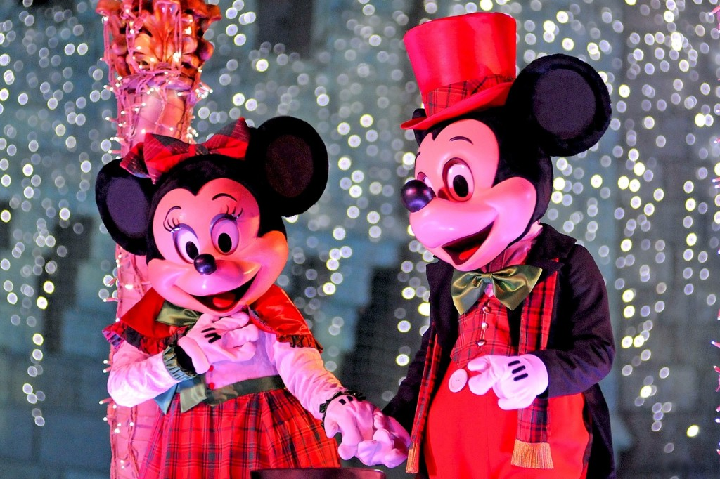 Mickey and Minnie at Mickey's Very Merry Christmas Parade