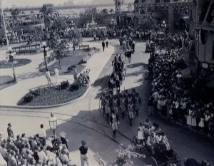 parade open