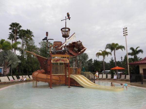 Pirate-themed splash area at the Caribbean Beach Resort Pool