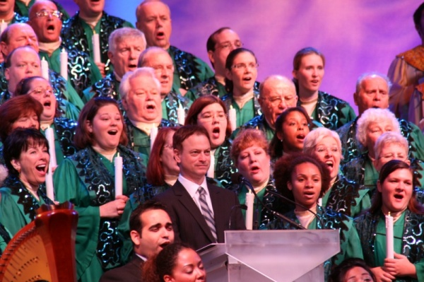 Gary Sinese narrating Epcot's Candlelight Processional